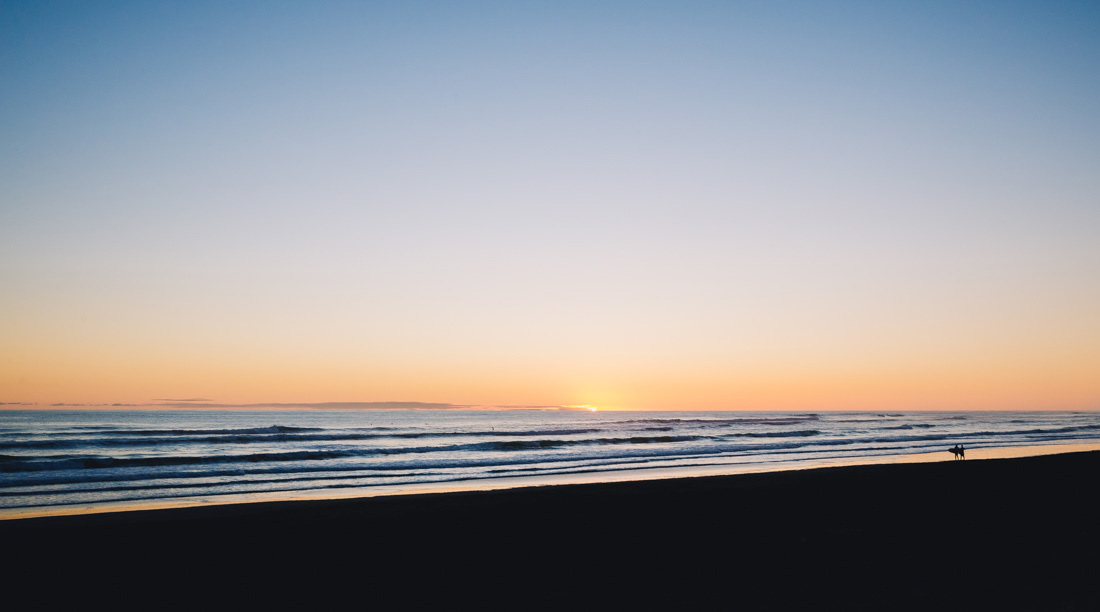 muriwai beach sunset